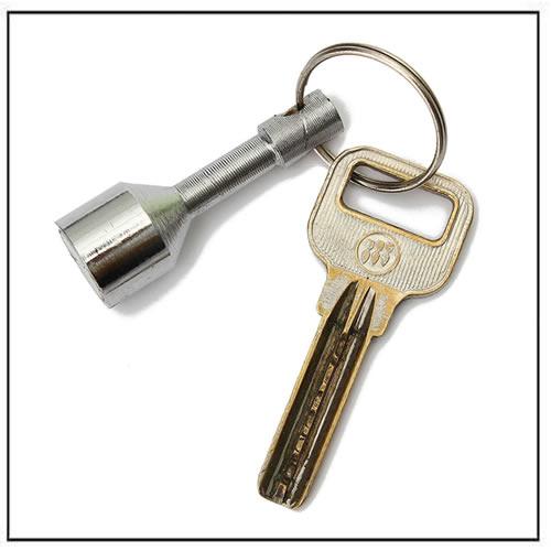 Hook Chain Pocket Key Magnetic Keyrings Holder Jewelry Test