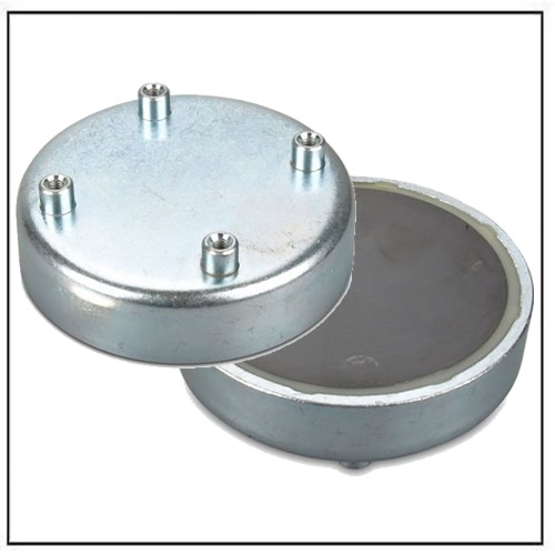 ferrite pot magnet with 4x int threads