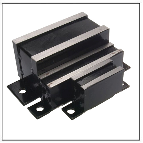 magnetic-system-with-base-for-screw-mounting