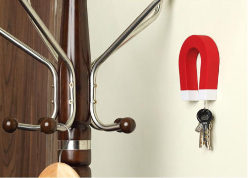 Horseshoe Shaped Magnetic Key Holder Hook Hanging Key Chain