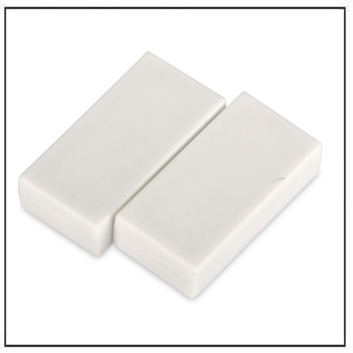 1″-x-1-2″-x-1-4″-block-white-plastic-coated-ndfeb-magnet