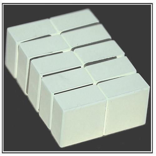 1-2″-x-1-2″-x-1-4″-white-plastic-coated-block-neodymium-magnet