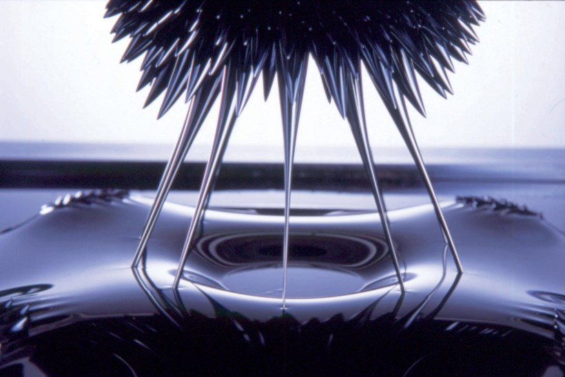 Awesome-ferrofluid-Facts