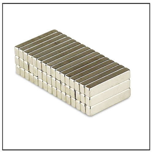 Block Super Strength Magnet 100 °C N45M 15 x 3 x 2 mm