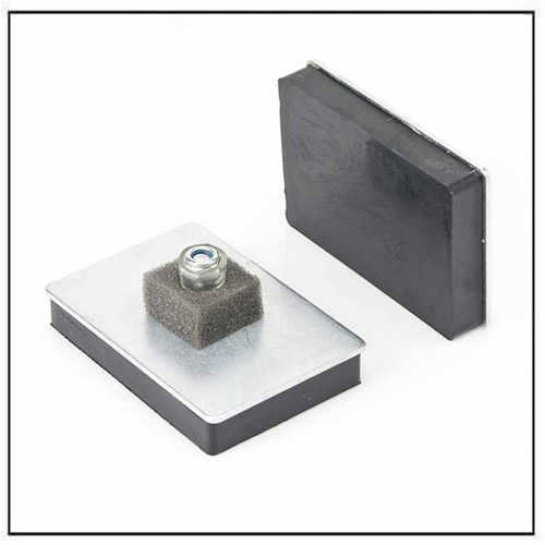 Thread Stud Rubber Coated Magnetic Pad
