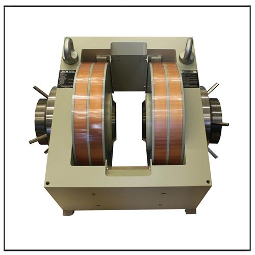 Parallel-pole Gap Dipole Electromagnet