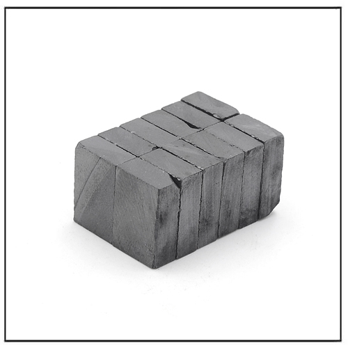 Small Ferrite Rectangular Block Magnets for Refrigerator