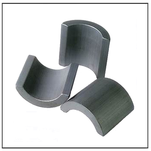 Anisotropic Segment Shaped Ceramic Magnets C8