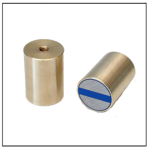 NdFeB Pot Magnet Cylindrical with Internal Thread and Fitting Tolerance h6, Brass Housing